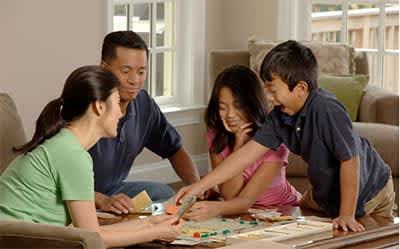 ドン・キホーテで買える、持ち運びラクラク!ポータブルボードゲーム